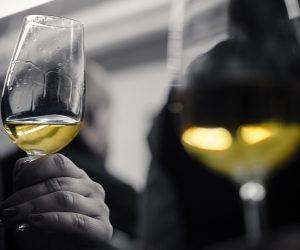 ワインの香りを表現する言葉のトレーニング方法は?初心者でも上達する!?